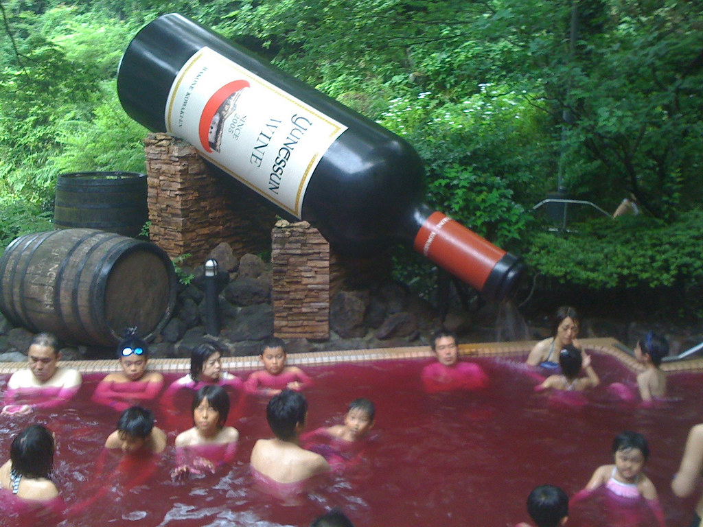 Red wine spa, Hakone