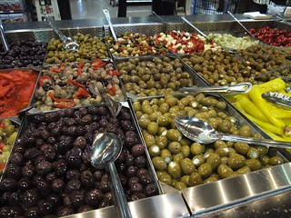 Olive Bar at Giant Eagle Market District Kingsdale | by swampkitty