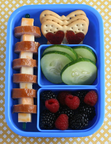 summery snack bento! | by anotherlunch.com