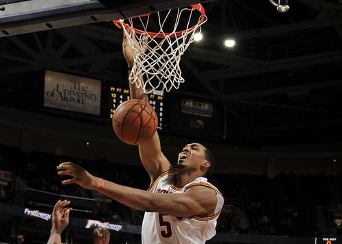 Ryan Hollins Rebound | by Cavs History