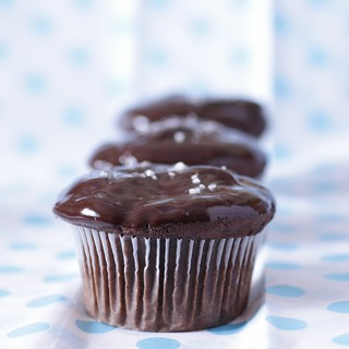 Salted Peanut Butter Chocolate Cupcakes | by Madison Bistro
