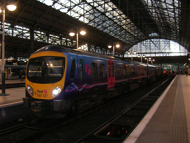 Class 185 DMU, Manchester Piccadilly station