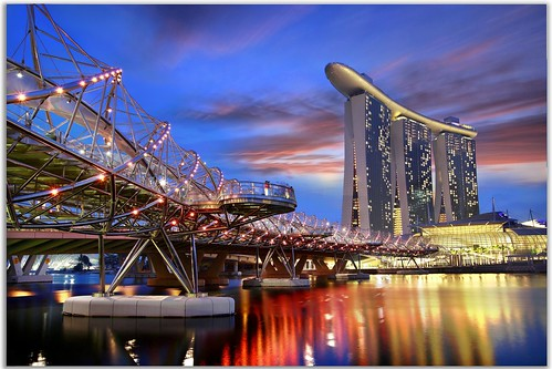 singapore marina bay sands | by Kenny Teo (zoompict)