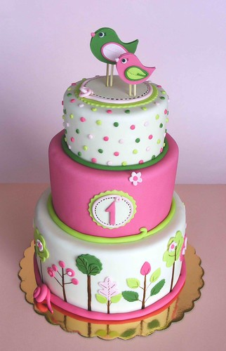 Pink and green birdie cake | by bubolinkata