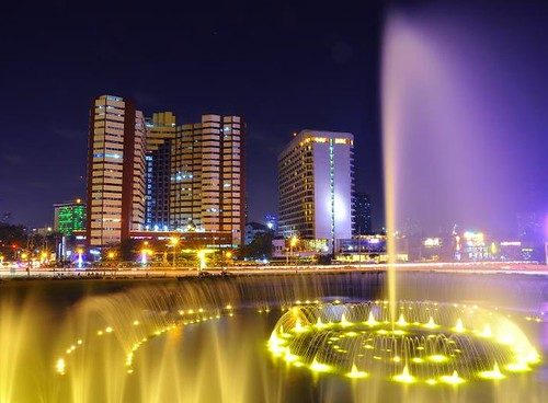 The Fountain @ The CCP Complex | by Jonas Eres