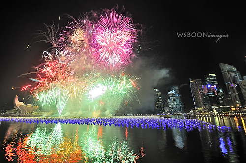 New Year 2011 @ Singapore River_1817 | by wsboon