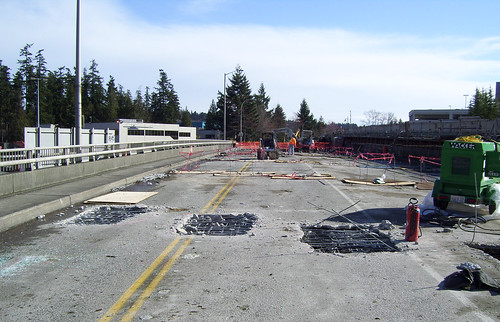 Readying the old NE 12th Street Bridge | by WSDOT