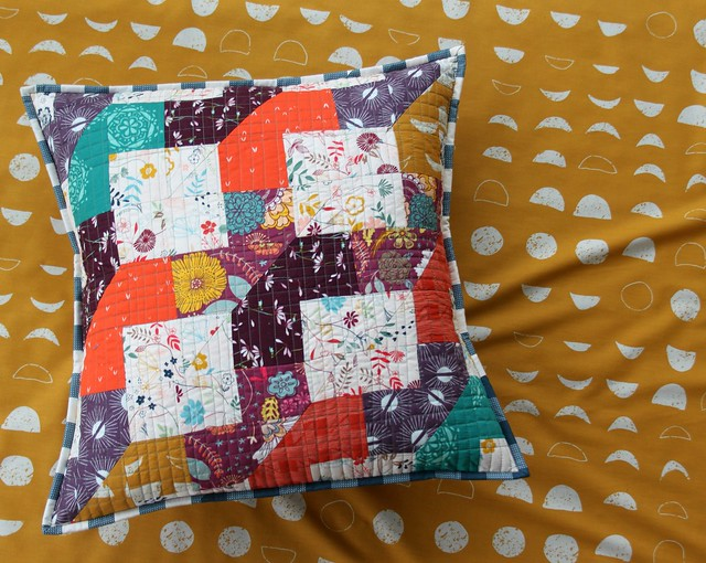 A Pillow for Fall!