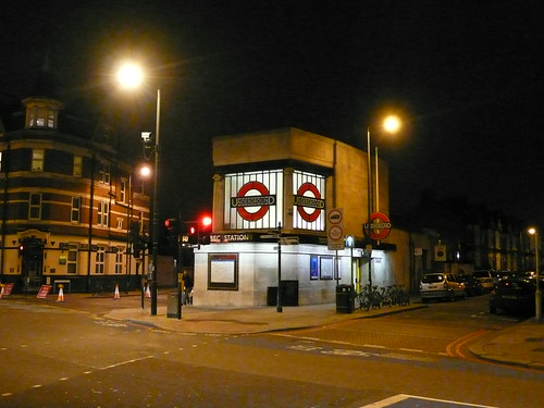 Tooting Bec Underground station