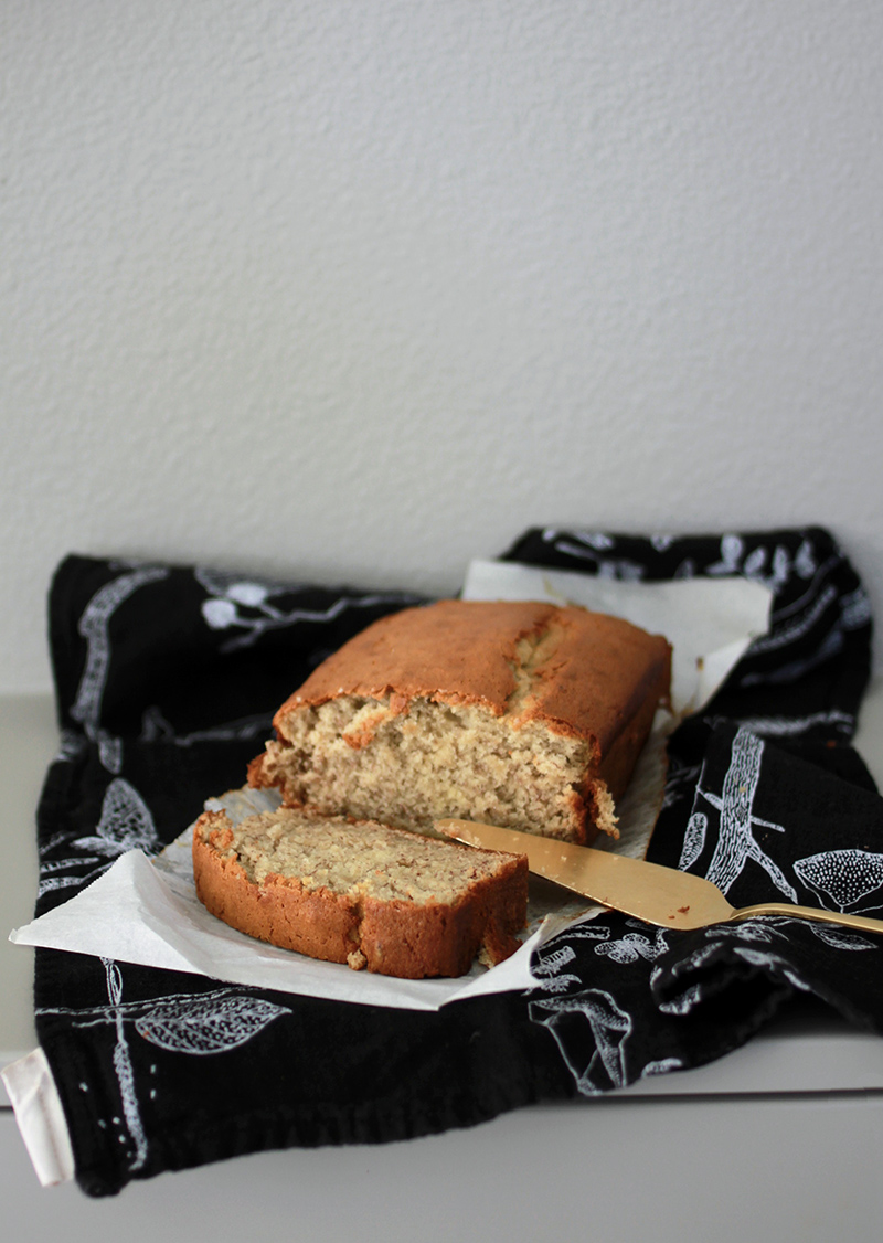 AMM blog | banana bread with greek yogurt