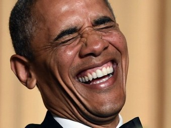 Tuxedo-Obama-laughing-AFP-600-339x254