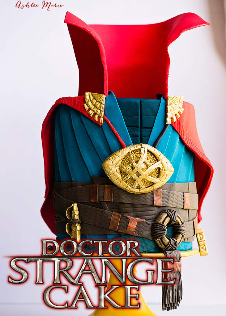 it doesn't get much better than a new marvel movie! Check out this full tutorial for this fondant doctor strange cake - everything is edible, the eye of agamotto, sling rings and the cloak of levitation - plus a fun surprise inside