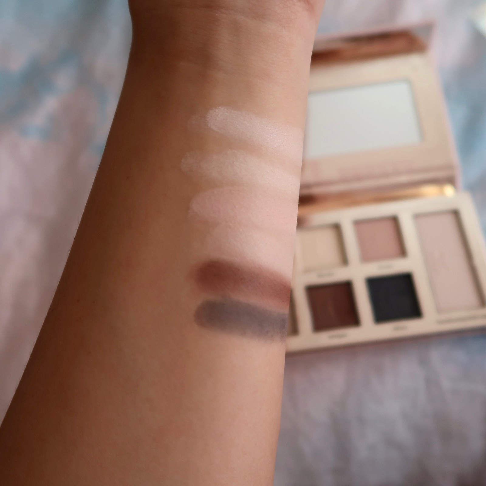 IT NATURALLY PRETTY SWATCH