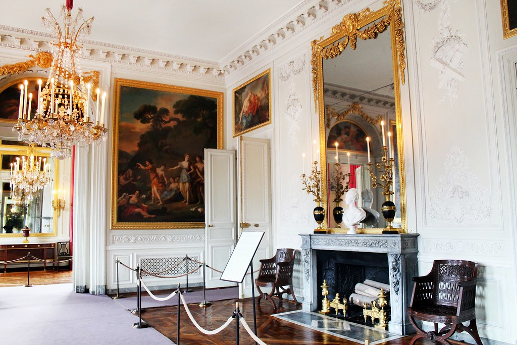 Drawing Dreaming -  guia de sobrevivência de Versailles - Petit Trianon