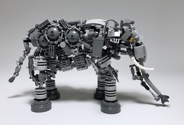 LEGO Mech Elephant-02