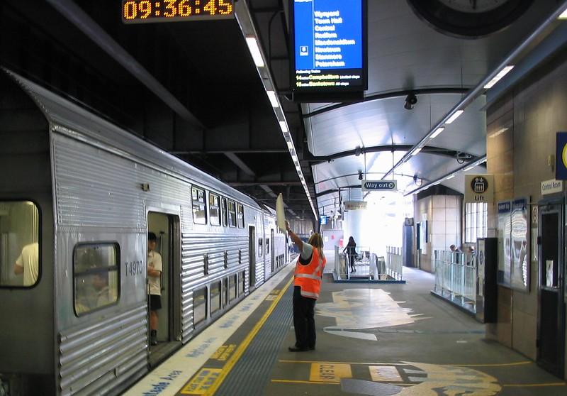 Sydney, Circular Quay Station, November 2006