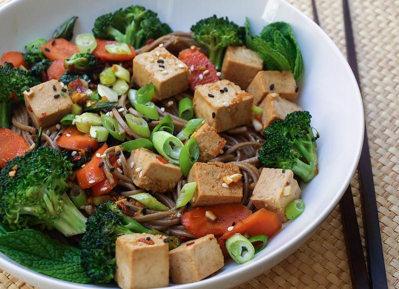 Soba Noodles with Tofu, Broccoli & Carrots