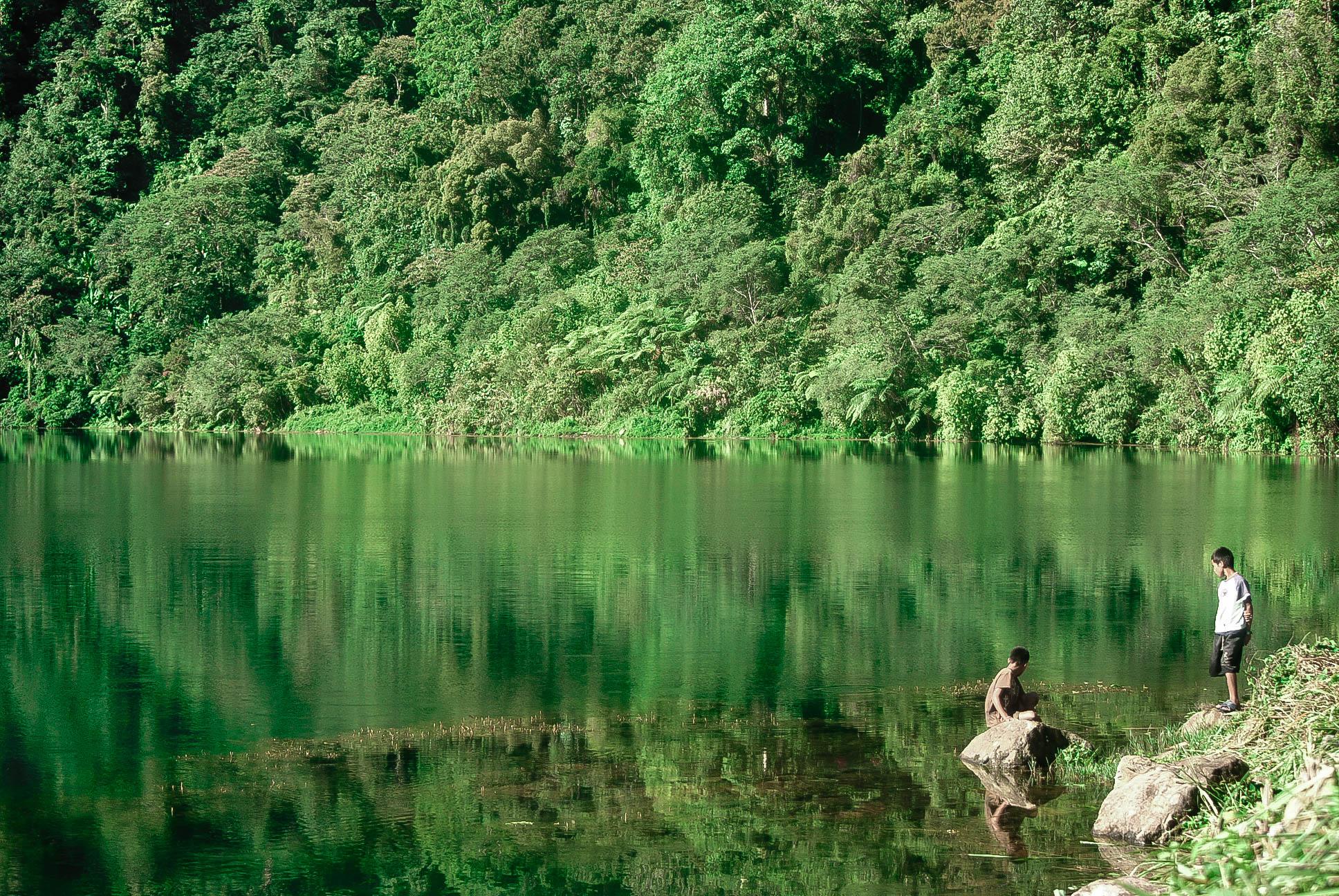 lake holon 16 (1 of 1)