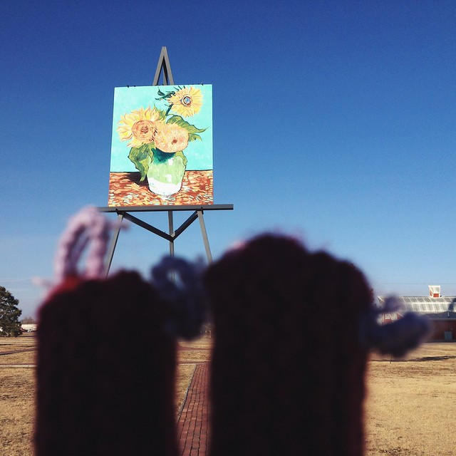 Fingerwarmers squeeze in time for some culture. #vangogh #wheresmyear #goodland