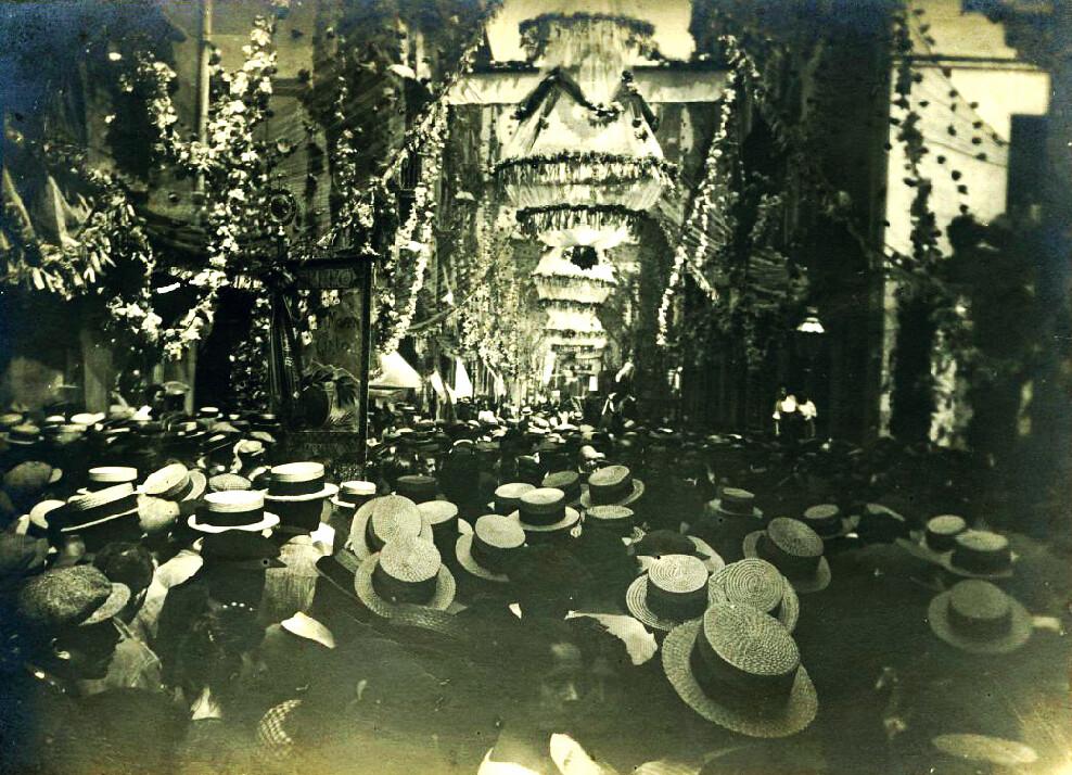 Fêtes de Gracia à Barcelone dans les années 1920.