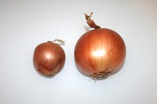 02 - Zutat Gemüsezwiebeln / Ingredient onions