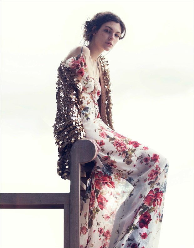 Vittoria-Ceretti-Vogue-China-David-Bellemere-05-620x793