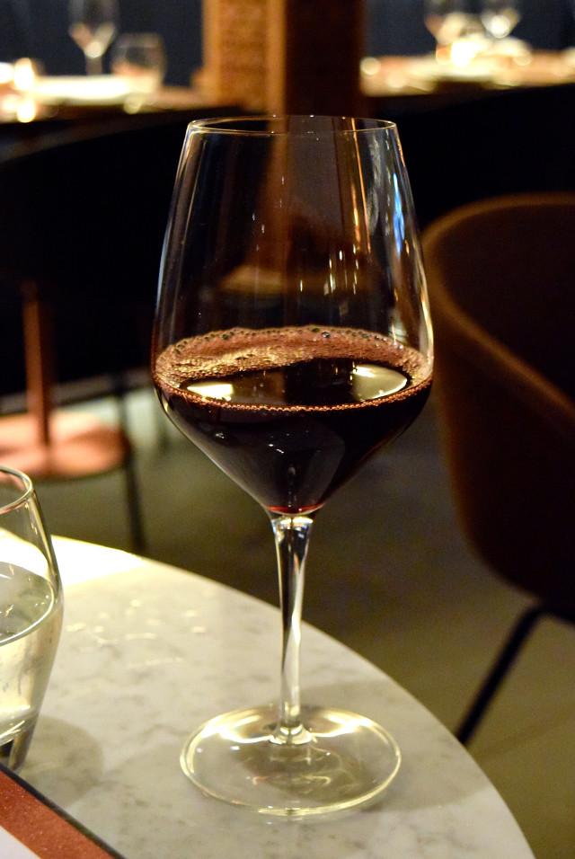 Wine at Samarkand, Fitzrovia | www.rachelphipps.com @rachelphipps