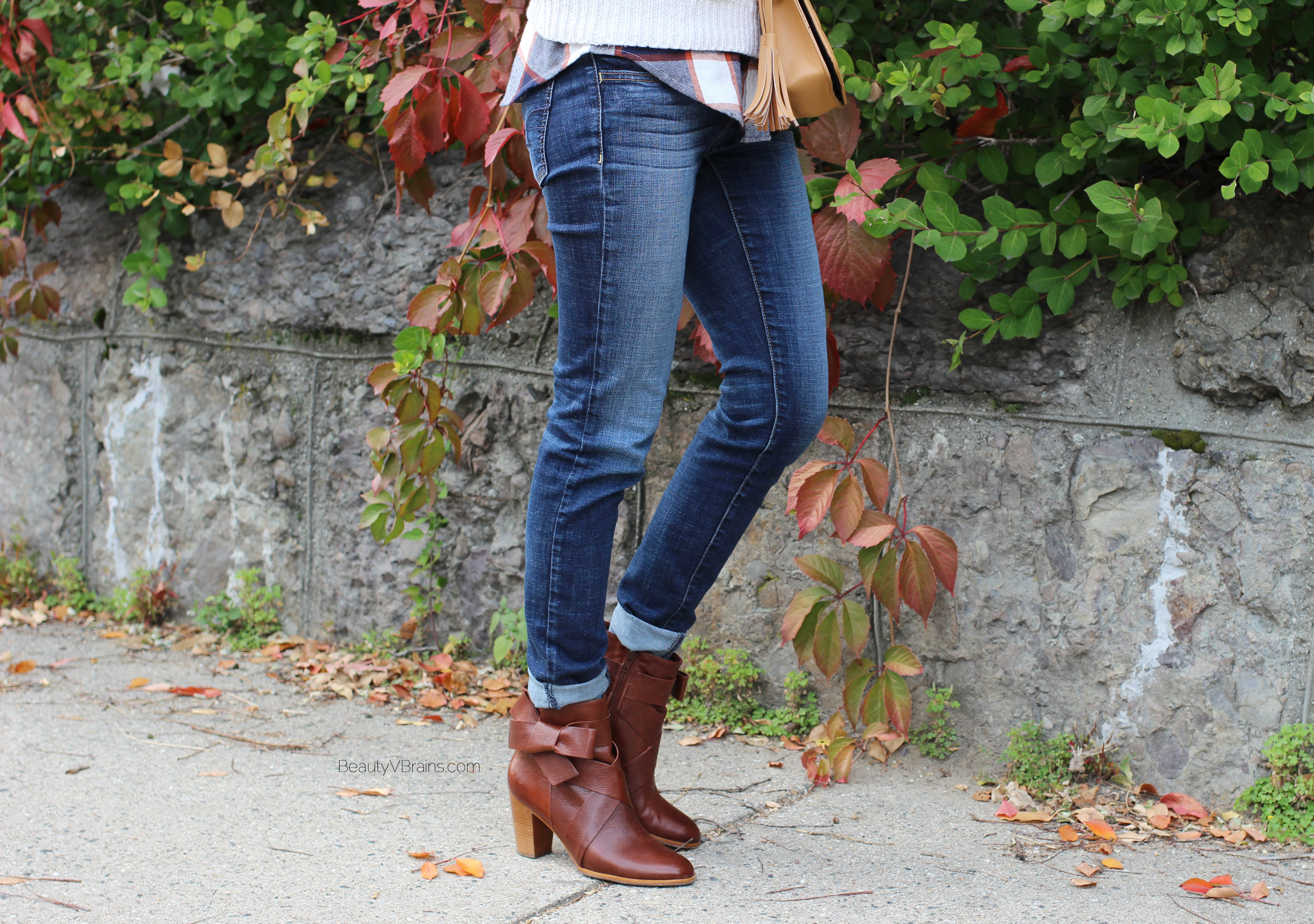 Kate Spade Tracee cognac brown ankle boots