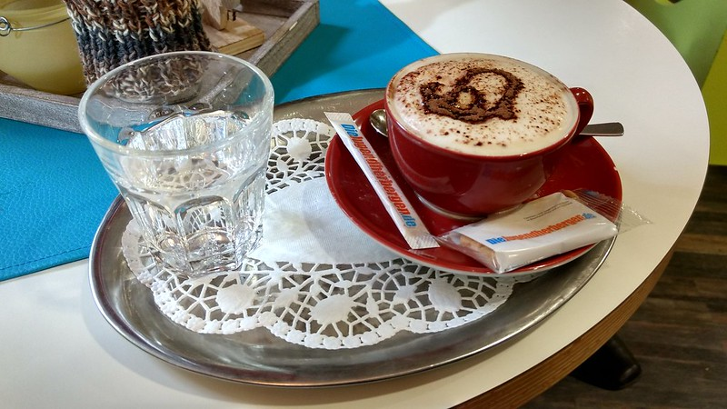 Cappuccino in der Jugendherberge Oberwesel