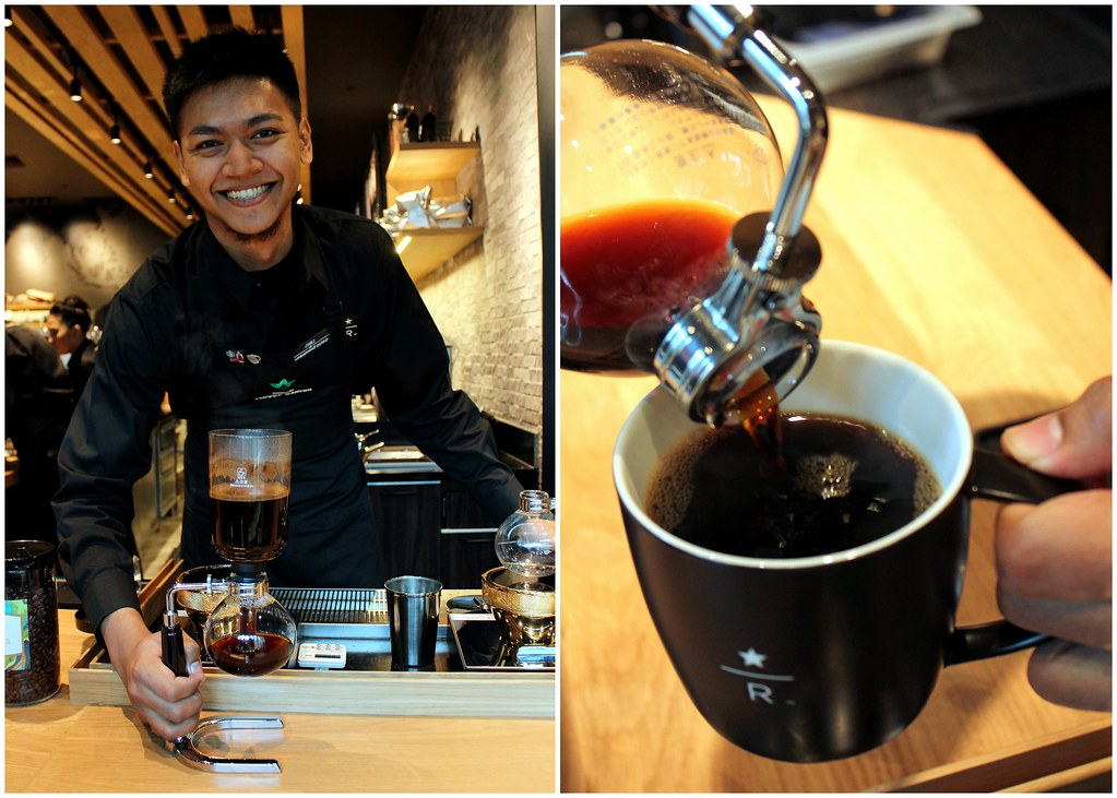starbucks-reserve-marina-bay-sands-barista-making-siphon