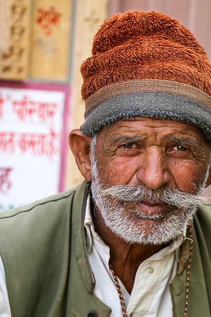 A man in Jaisalmer, India ジャイサルメール 男性のポートレート