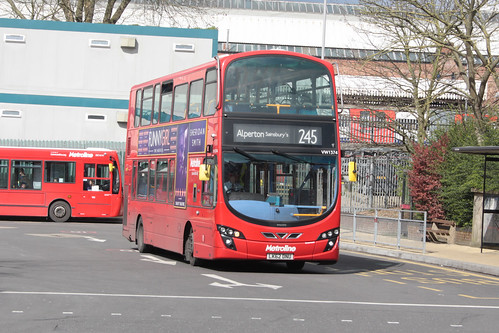 Metroline West VW1374 LK62DNU