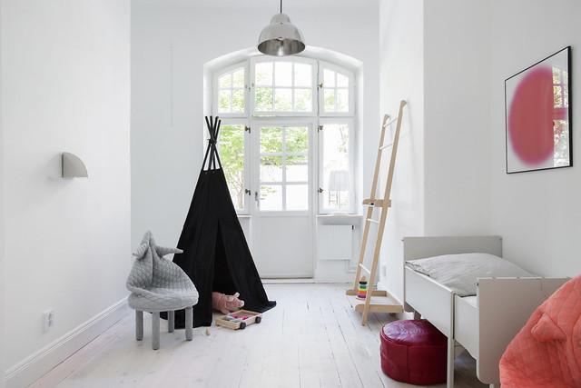Elegant interior of Lärkstan by Annalena Leino. Sundeno_09