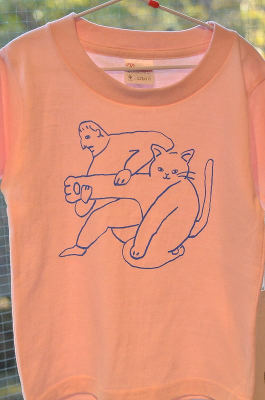 猫の手も借りたい Tシャツ