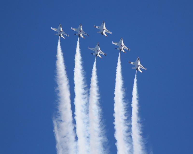 IMG_4425 Thunderbirds, Breitling Huntington Beach Airshow