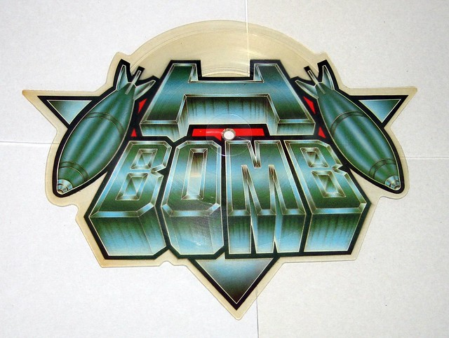 H-BOMB STOP THE LIGHTS / SPACE STATION NO 5 SHAPED PICTURE DISC