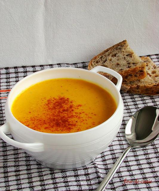 тыквенный суп с копченой паприкой
