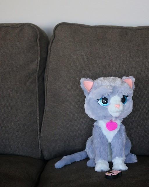 Hasbro FurReal Friends 2016 Bootsie Pet