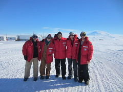 The 2016-2017 field season field team at McMurdo Station