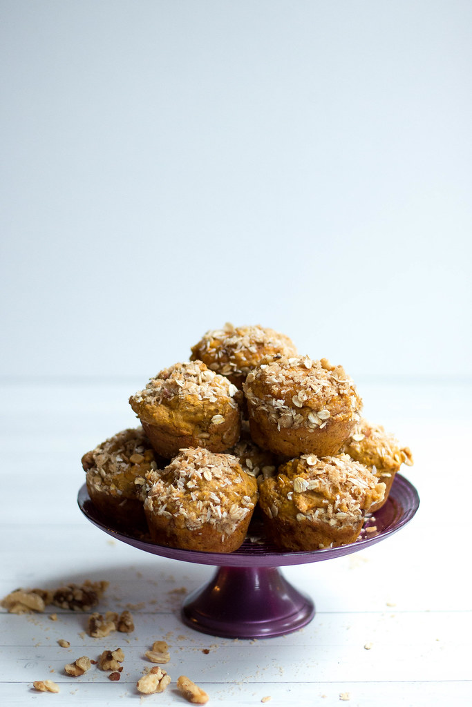 Pumpkin Pie Muffins // Brown Sugar + Walnuts