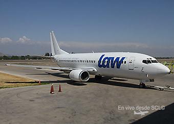 LAW B737-300 CC-ADZ (Alvaro Romero)