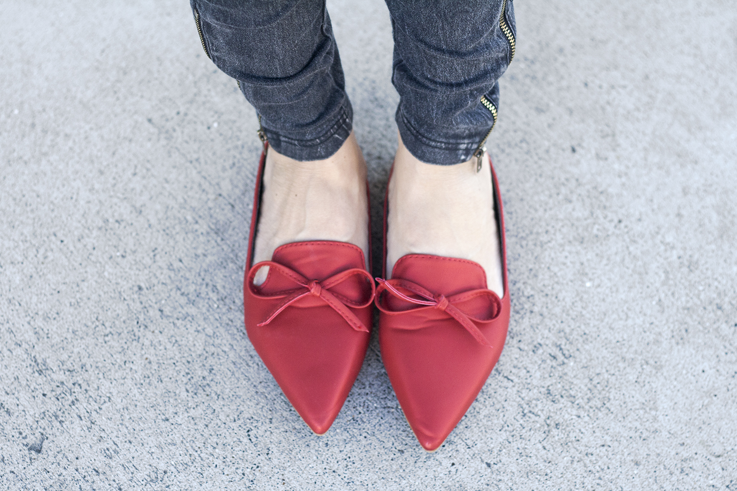 10red-shoes-bow-slides-holiday-fall