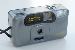 Le Clic Caption Camera