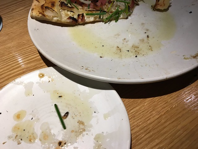 The naked pig pizza - Mahina & Sun's