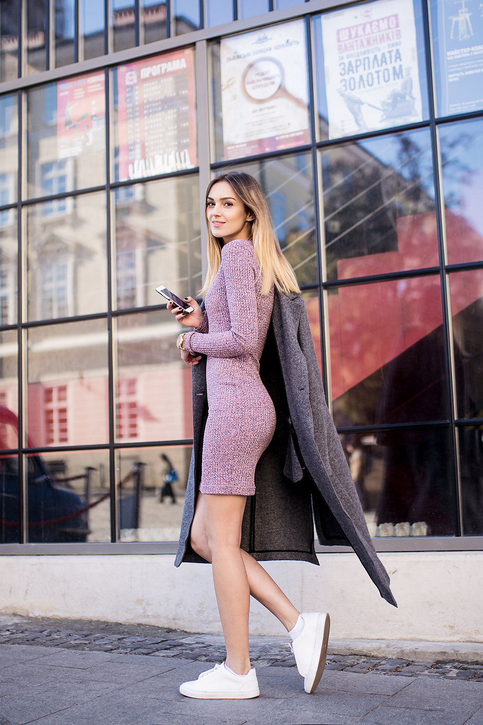 sweater-dress-outfit-street-style-sneakers
