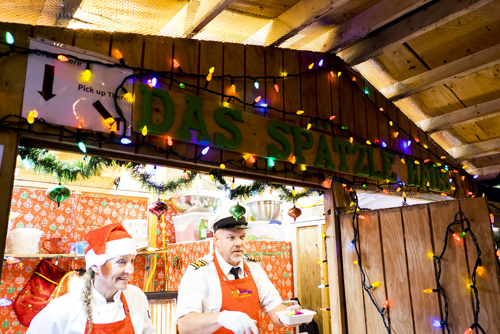 Nosh and Nibble - Vancouver Christmas Market 2016 - Food Review #foodie #foodporn