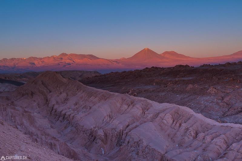 Vulcan Licancabur at dusk - Valle de la Luna