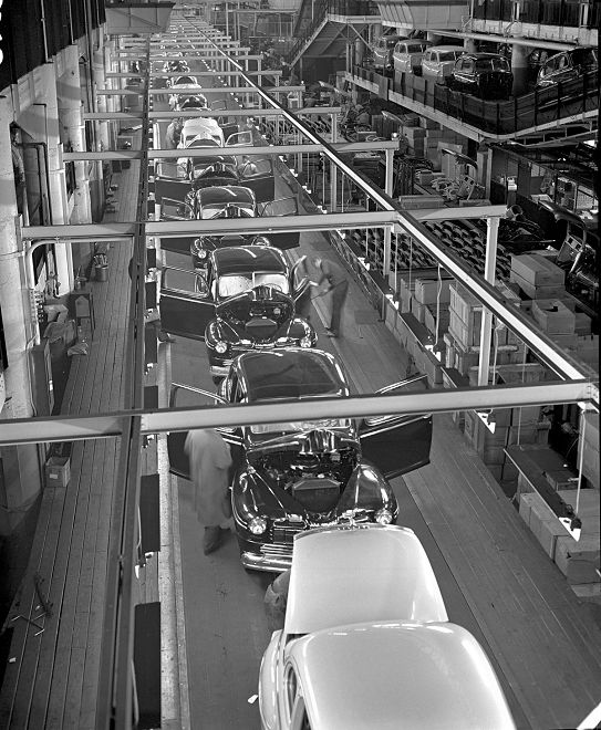 1946 - Mercury Assembly Line