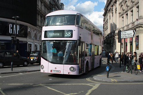 Arriva London North LT209 LTZ1209