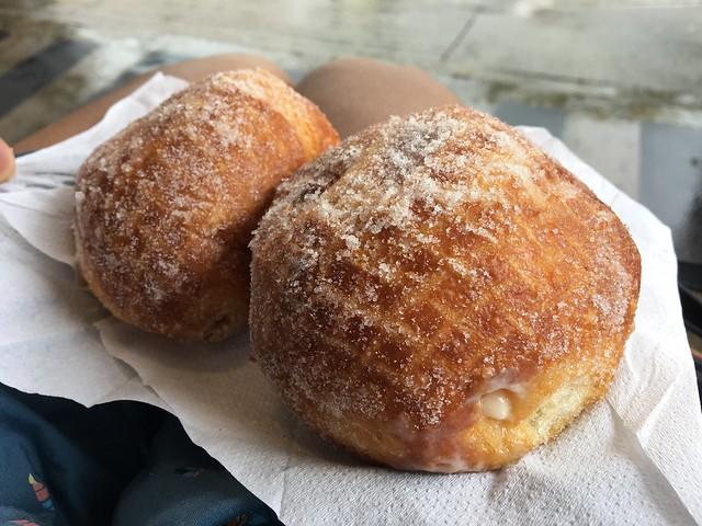 Malasadas & malasada puffs - Leonard's Bakery